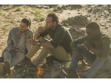Deep State-sarjan Leyla ja Nathan Miller aavikolla