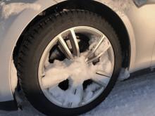 Snø i felg kan utgjøre en sikkerhetsrisiko
