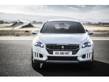 Sverigepremiär för sportigt eleganta Peugeot 508 RXH