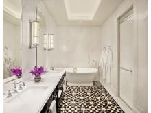 Bathroom Residence Suite - Raffles Singapore