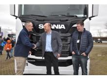 Vognmand overrasker chauffør med ny Scania R 500