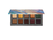 KICKS Festival collection Eyeshadow palette open