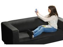 Emma styrer smart hjem fra mobilen