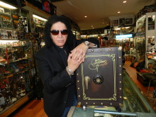 Gene Simmons / The Vault Experience