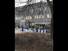 Matlådor till akutpersonal på Danderyds sjukhus