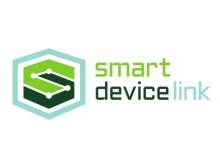A Toyota is alkalmazza a Ford SmartDeviceLink szoftverét; számos autógyártó és beszállító segít elterjeszteni az új iparági szabványt