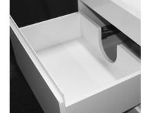 Full uttrekk og ingen utsperring til vannlås, gjør at MIE baderomsmøbler har maksimal plassutnyttelse.