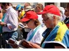 Svenska pilgrimer på Petersplatsen i Rom