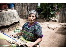 Mayakvinnor får stöd att starta företag
