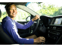 Kia får ny samarbetspartner i Emelie Forsberg_Optima Sportswagon Plug-in Hybrid