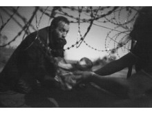 World Press Photo of the Year   Warren Richardson, Australia Hope for a New Life, 28 August, Serbia/Hungary border