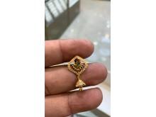 Stolen jewellery [12]