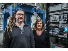 Thilo Bauch and Floriana Lombardi, researchers at the Quantum Device Physics Laboratory at Chalmers University of Technology