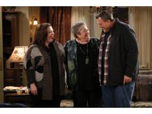 Melissa McCarthy, Kathy Bates och Billy Gardell.