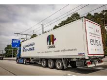 Scania R 450 Oberleitungs-Lkw der Spedition Schanz auf der E-Highway-Teststrecke der A5