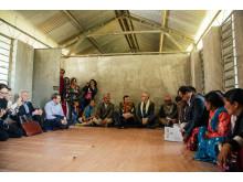 Innendørs - Utviklingsminister Nikolai Astrup åpnet Shree Devitar Basic School i Dolakha i Nepal