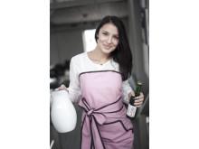 Party-förkläde med bruna kantband i ny rosa nyans
