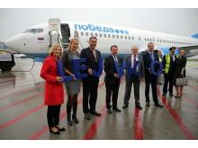 Die Repräsentanten begrüßten den Premierenflug der Pobeda-Airline auf dem Flughafen Leipzig/Halle