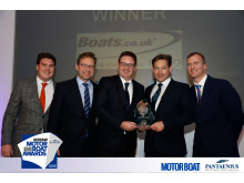 Hi-res image - Boats.co.uk - James & Nick Barke from boats.co.uk receiving their Customer Service Award