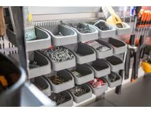 DK_Elfa_garage_storage_swedishfamily_closeup_accessorybox