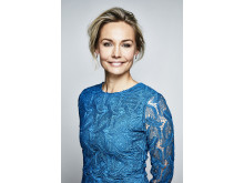 Carina Berg leder den direktsända Barncancergalan - Det svenska humorpriset i Kanal 5 den 2 oktober 20:00. Foto: Magnus Ragnvid/Kanal 5