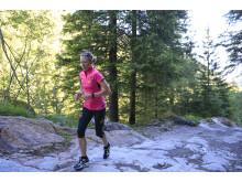 Holly Rush springer sin sträcka i ASICS Outrun the Sun