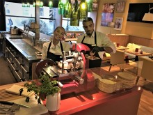 """RELAX – Food, Drinks & You"" im Mercure Hotel Mannheim am Rathaus. (Foto: Zeki Akser)"