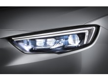 Opel-Insignia-IntelliLux-LED-matrix-light-506222