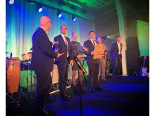 Fastighetsbyrån Södertälje tar emot utmärkelsen Årets CItyföretag