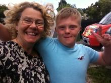Anneli Tisell tillsammans med sonen Nisse, UPP-prisvinnare 2016