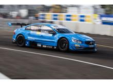 Volvo byggde för Volvo - Thed Björk segrade dubbelt i STCC Volvo Race