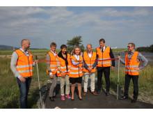 Mona Hellesnes klipper snor og innvier solmåleren på Flesland