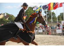 EM för unga ryttare - Pia Münker på Louis M rider ärevarv