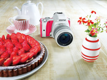 Pentax K-S1 Sweet Collection, Strawberry Cake