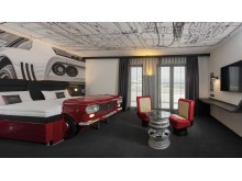 V8_Hotel Cologne@Motorworld, Themenzimmer Fiat_Totale