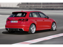 Audi RS 3 Sportback rear right side