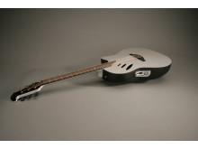 Ovation Idea gitarr