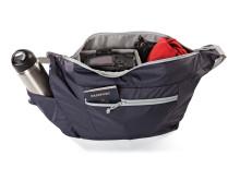 Lowepro Photo Sport Shoulder Bag, öppen med utrustning