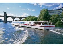 Under Stockholms Broar / Under the Bridges of Stockholm