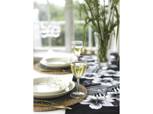 runner hibiscus place mat nature