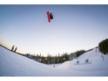 Stian Kleivdal vant plass i X Games. Foto: Daniel Tengs / Snowboardforbundet