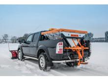 Lehner Polaro XL saltspridare monterad på pickup.