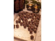 Nyrullade chokladtryfflar med Lucia Choklad (71 kr, nr 76504)