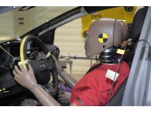 Schlittentestanlage im Ford Crash-Labor