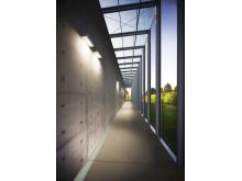 Concrete wall setting