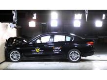 BMW 5-Series - Frontal Full Width test 2017