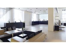 SWAROVSKI CRYSTALLIZED(tm) Lounge