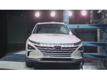 Hyundai NEXO pole impact test