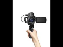 FDR-AX43_GP-VPT1_selfie_hand-Large