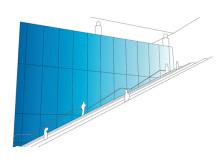 Ett av de vinnande bidragen i tävlingen för konstnärlig gestaltning vid Stockholm Arlanda Airport; Skywall, en gestaltad vägg i Nya Piren. Förslagsställare  Kate Maestri Architectural Glass Limited.